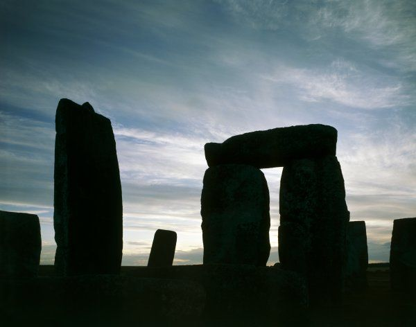 STONEHENGE, Wiltshire. Close-up evening view