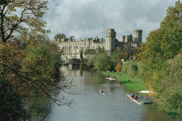 Grade I listed castle with the River Avon in the foreground. IoE 307361