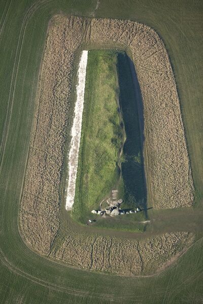 WEST KENNET LONG BARROW, AVEBURY, Wiltshire. Aerial view showing the standing stones outside the entrance