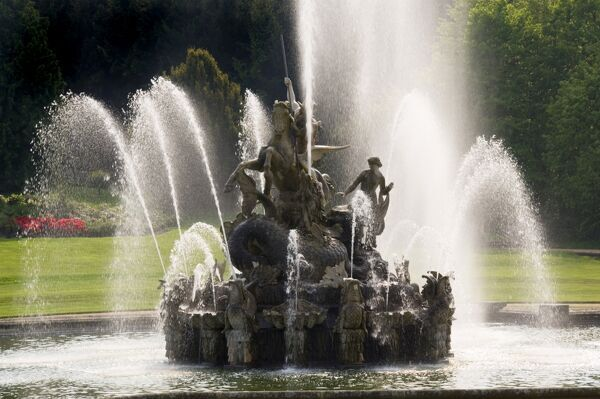 WITLEY COURT AND GARDENS, Worcestershire. General view of the Perseus and Andromeda fountain in full flow