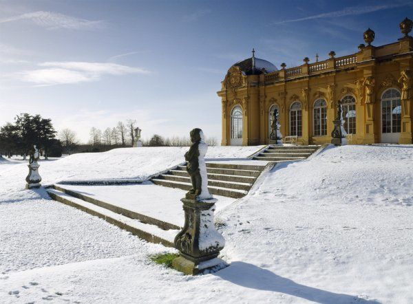 WREST PARK HOUSE AND GARDENS, Silsoe, Bedfordshire. View of steps and the Orangery in the snow