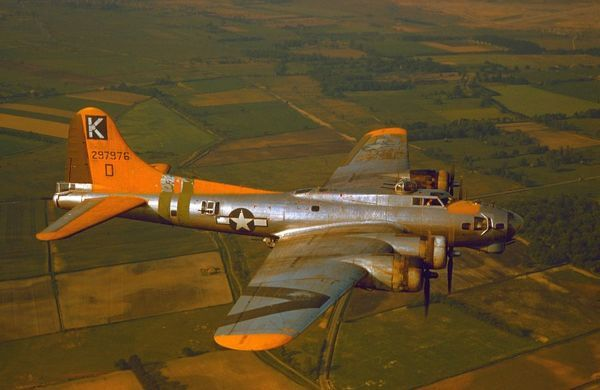 "Boeing B-17G Flying Fortress ""A bit o' lace"" of the 709th Bombardment Squadron, 447th Bombardment Group, United States 8th Air Force"