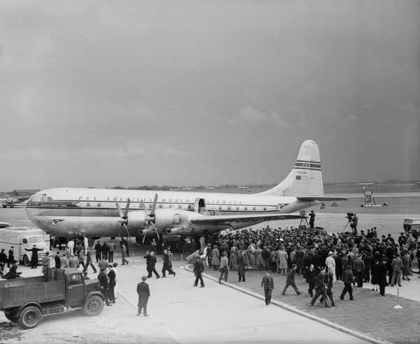 Boeing 377 Stratocruiser (N1028V) of Pan American World Airways at Heathrow Airport to launch the new Trans-Atlantic service, April 1949
