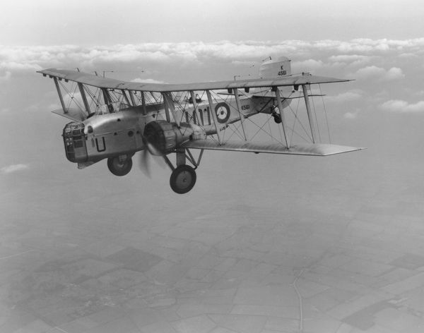 Boulton Paul Overstrand of 101 Squadron in flight, 1938