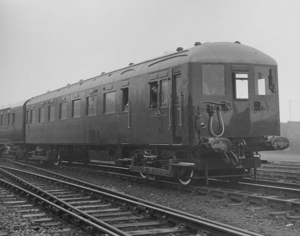 The first Southern Railway 6-Pul electric train, set 2001, introduced in 1932