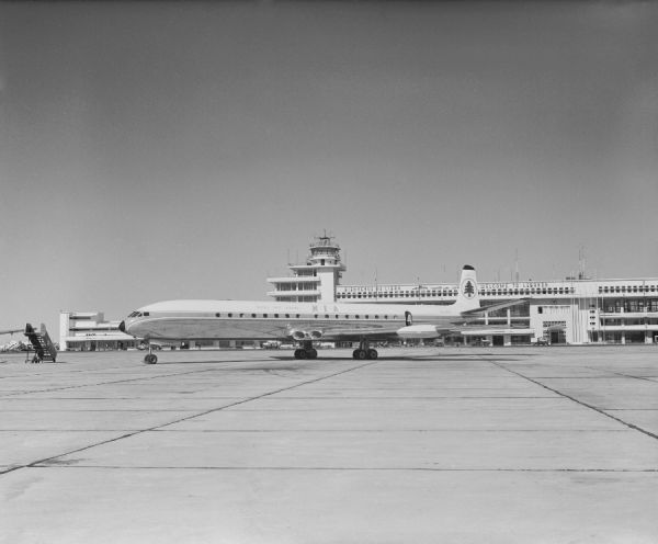Hawker Siddeley Comet 4C (OD-ADR) of Middle East Airlines at Beirut Airport, Lebanon, 1961