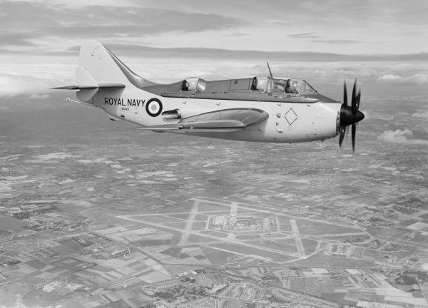 Fairey Gannet AS.4 (XA425) in flight near Heathrow Airport, 15 August 1956