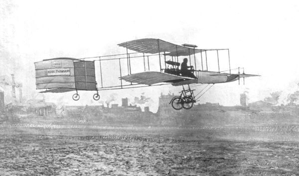 Henri Farman winning the Grand prix d'Aviation by making the first flight in Europe further than one kilometre, 13 January 1908