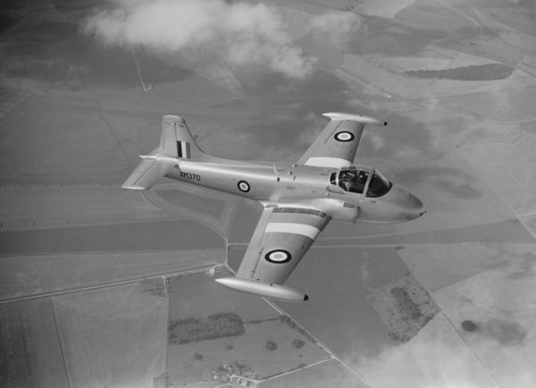 Hunting Jet Provost T.3 XM370 flying to the SBAC Show, Farnborough, 1959