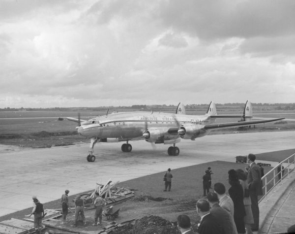 Lockheed L-749 Constellation (EI-ADA) of Aerlinte Eireann taxiing after delivery across the Atlantic Ocean to Shannon Airport, Eire, 20 September 1947