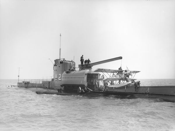 Preparing to launch a Parnall Peto from submarine HMS M2