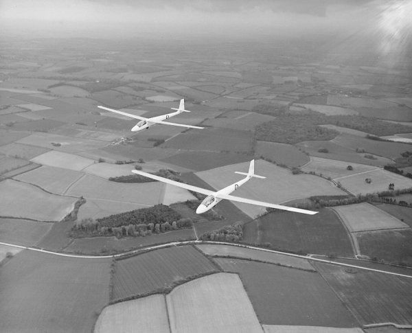 Slingsby Darts (334 and 335) of the RAFGSA in flight, National Gliding Championships, Lasham, 1961