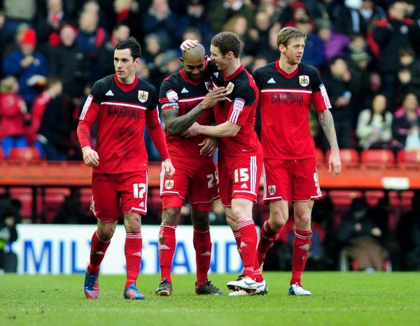 Bristol City's Marvin Elliott celebrates his goal with team mates - Photo mandatory by-line: Dougie Allward/JMP - Tel: Mobile: 09/02/2013 - SPORT - FOOTBALL - Ashton Gate - Bristol - Bristol City V Nottingham Forest - Npower Championship
