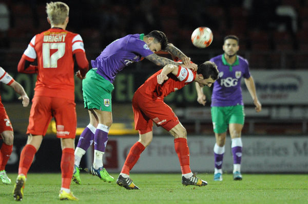 Bristol City's Marlon Pack challenges for the ariel ball with Leyton Orient's David Mooney - Photo mandatory by-line: Dougie Allward/JMP - Mobile: - 03/03/2015 - SPORT - football - Leyton - Brisbane Road - Leyton Orient v Bristol City - Sky