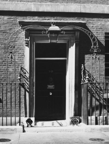 The famous front door of No 10 Downing Street, the official residence of the Prime Minister. Many important world leaders have passed through this doorway