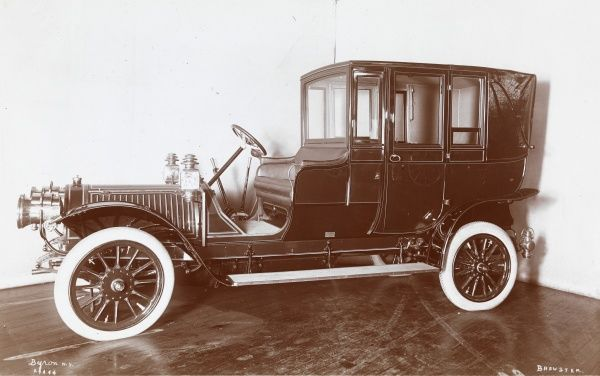 Brewster. Automobile with a body by Brewster, presumably a 1907 Delawney Belleville