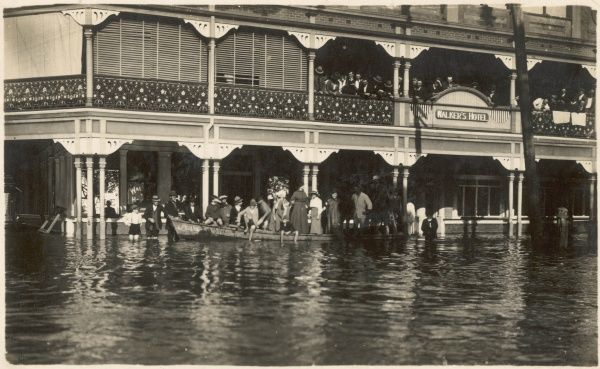 Walker's Hotel in South Grafton, Melbourne during the 1909 floods in Australia