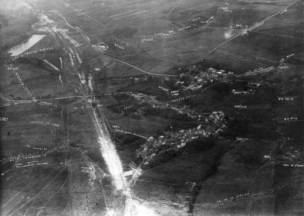 Aerial photograph (French) of Allaines and surrounding area, Somme, northern France, during the First World War, taken from a height of 800 metres. The photograph has been annotated by hand with strategic information. Date: 21 September 1916