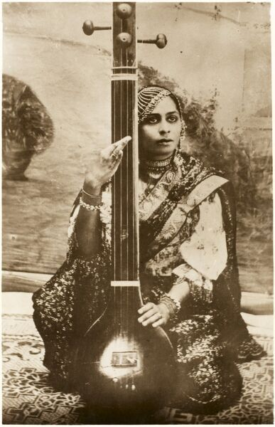 Agra, India - Lady Sitar player