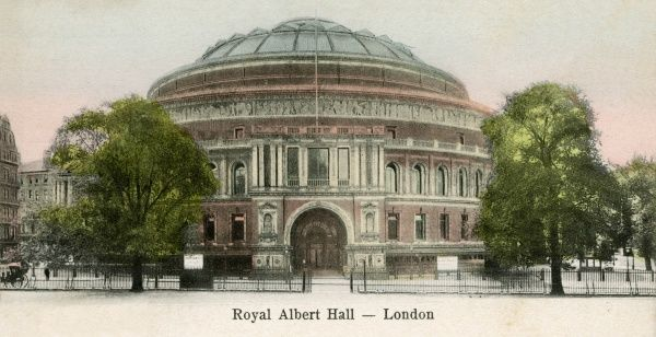 Royal Albert Hall: exterior view