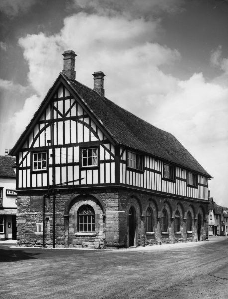The fine half-timbered Town Hall at Alcester, Warwickshire, England. Date: 17th century