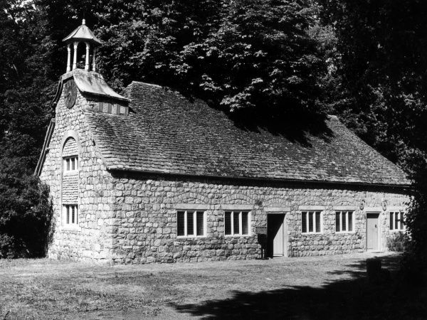 The splendid stone built building which houses the Alexander Keiller Museum of archaeological finds, founded in the 1930s, at Avebury, Wiltshire, England. Date: 1960s