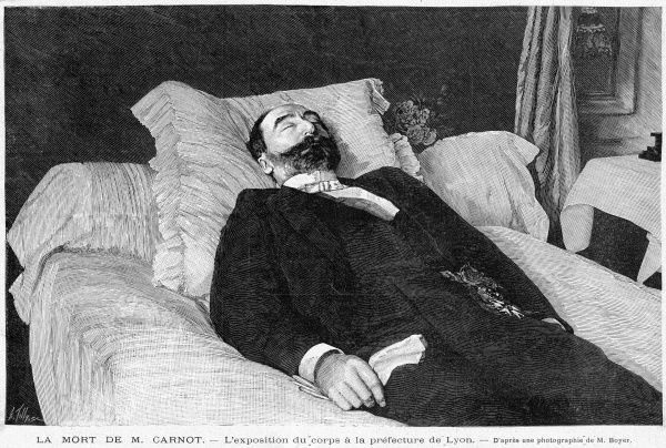 The body of president Carnot, assassinated at Lyon by the anarchist Caserio, who will be guillotined for it