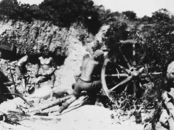 Gun from 9th battery in action at Anzac during World War I in Gallipoli