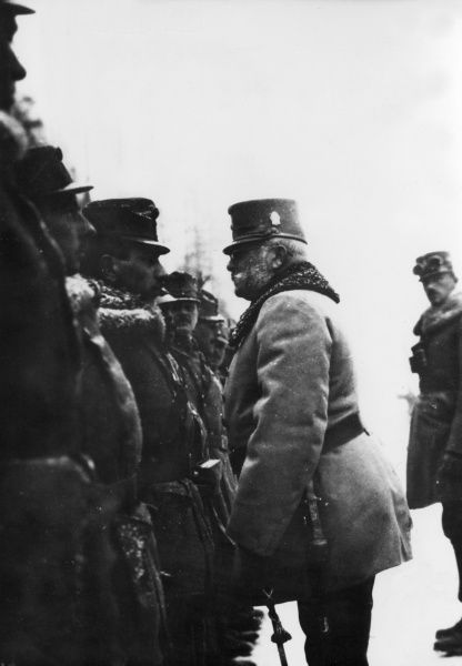 Archduke Friedrich Maria of Austria (1856-1936), Supreme Commander of the Austro-Hungarian Army during the First World War. Seen here inspecting the 9th Mountain Brigade in Predazzo, Northern Italy. Date: 1914-1918