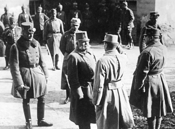 Archduke Friedrich Maria of Austria ((1856-1936), Supreme Commander of the Austro-Hungarian Army during the First World War, speaking with General Erich von Falkenhayn (1861-1922), Commander of the Ninth Army, watched by staff officers, at Hermannstadt