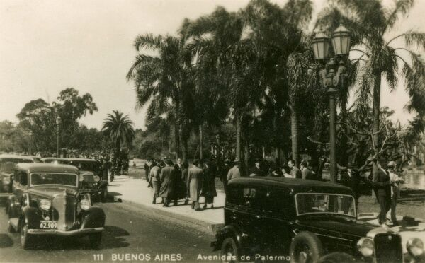 Argentina - Buenos Aires - Palermo Avenue. Photo (7/40) from a fold-out set
