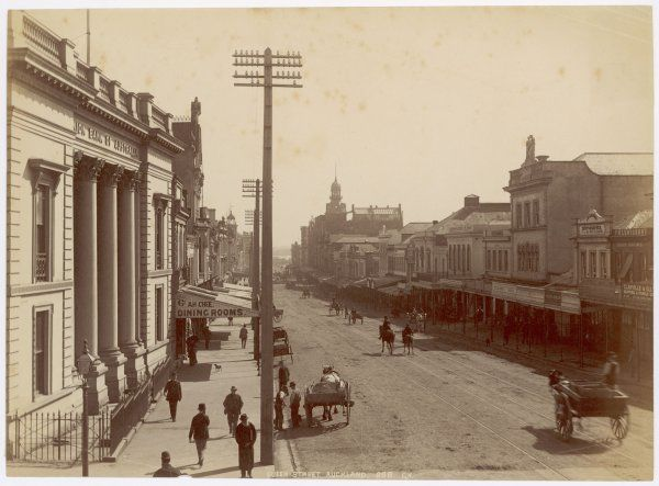 A general view of Queen Street, Auckland, with the Union Bank of Australia on the left hand side