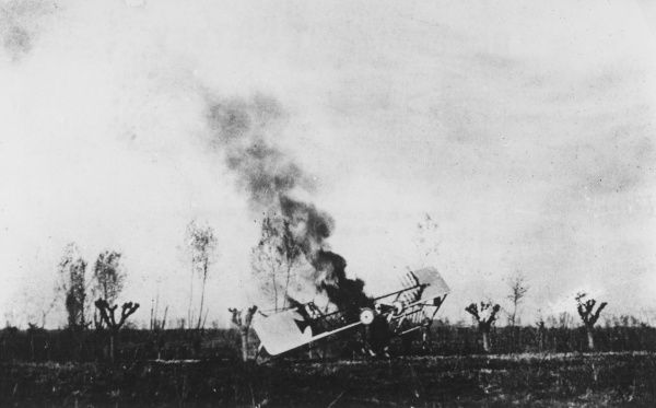 An Italian photograph of an Austrian plane crashing during the First World War. Date: 1915-1918