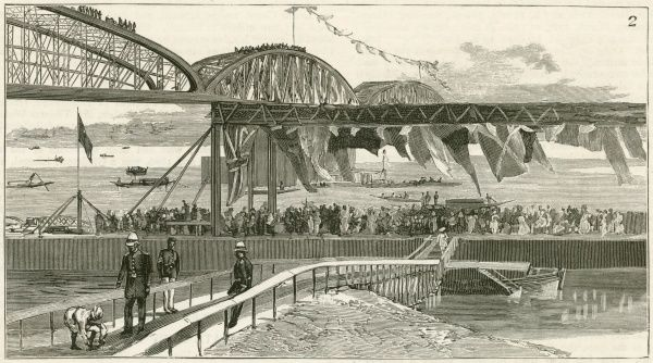Awaiting the arrival of Lord Dufferin(1826-1902), diplomat and eighth Viceroy of India, at the opening of the Jubilee Bridge of the East Indian Peninsular Railway. The bridge crosses the river Hooghly, at Hooghly, India