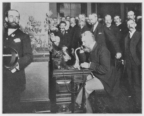 Alexander Graham Bell inaugurates the Chicago-New York long distance line