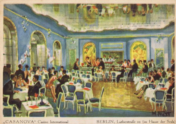 The Blue mirror hall of the Casanova Casino International at 22 Lutherstrasse, in the Scala Theatre Complex, Berlin, late 1920s. One of Berlin's premier nightspots featuring a ballroom, cabaret, restaurant and bar. Date: late 1920s
