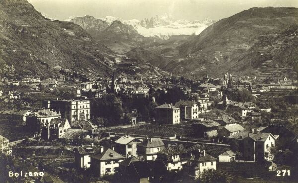 Bolzano (or Bozen in German) - a city and comune in the Trentino-Alto Adige/Sudtirol region of Italy in the far north east of the country. Before World War I, Bozen was part of the AustroHungarian county of Tyrol. Date: circa 1932