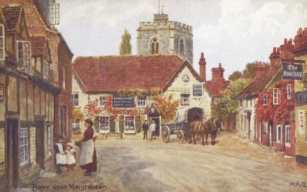 The village of Bray near Maidenhead, Berkshire. The Hinds Head pub (at rear) is now owned and run by Heston Blumenthal and 'The Ringers' (on right) is now his celebrated restaurant 'The Fat Duck', where you can eat snail porridge