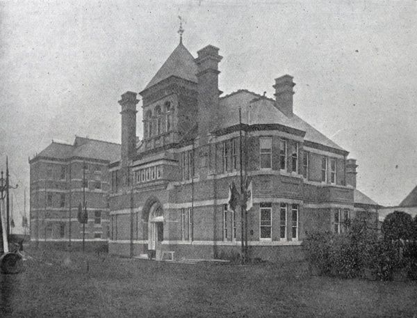 A view of the master's residence ad offices at the new Brentford Union workhouse in Middlesex, opened in 1902 Date: 1902