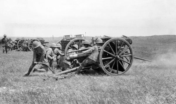British 18 pound artillery guns of the 55th Brigade, RFA (Royal Field Artillery), in action near Kirkuk (now in Iraq) during the First World War. Date: May 1918