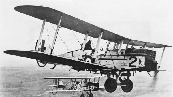 Two British DH9A Airco (De Havilland) light bomber two-seater biplanes (nicknamed the Ninak) of 39 Squadron RAF in flight during the First World War. This model had a 400hp Liberty engine. Date: 1917