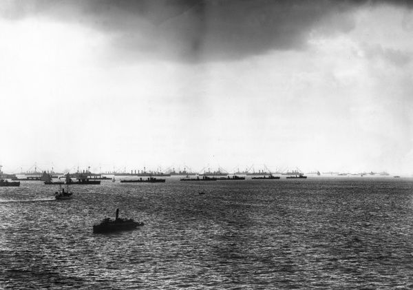View of the British fleet, with torpedo craft, at sea during the First World War. Date: 1914-1918