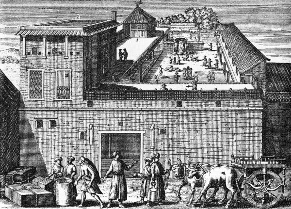 The first English trading post in India at Surat. There is a warehouse and a church. This image is taken from the 'Voyages' of Mandelslo, published in 1727. Date: 1613