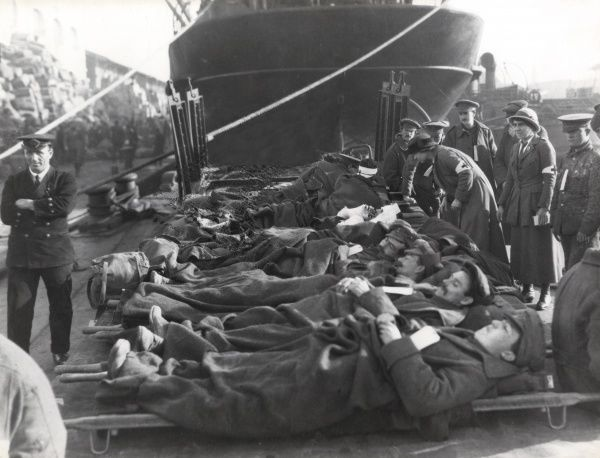 British stretcher cases awaiting transfer to a ship at Salonika (Salonica, Thessaloniki, Greece) during the First World War. Date: 1916