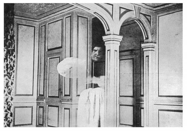 THE BROCKLEY COURT GHOST [near Clevedon, Somerset] Student Spencer-Palmer photographed by his brother as a ghostly monk - photo often taken to be genuine !