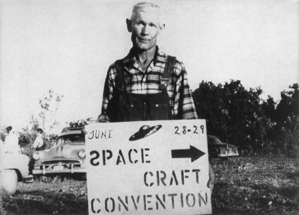 Ozark farmer who was taken by extraterrestrial friends on journeys to Mars, Venus and the Moon, accompanied by his dog