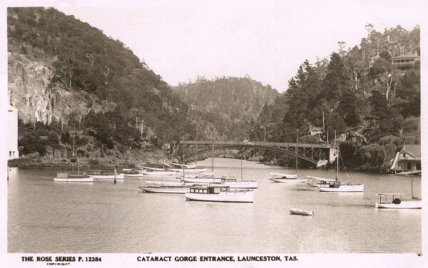 Entrance to Cataract Gorge, Launceston, Tasmania Date: circa 1950s