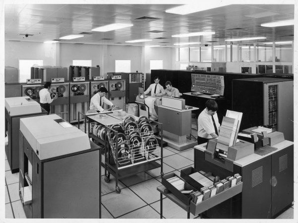 The Central Computer at Harwell serves over 600 users and has 200 typewriter terminals distributed around the site. This view shows the IBM 360/75