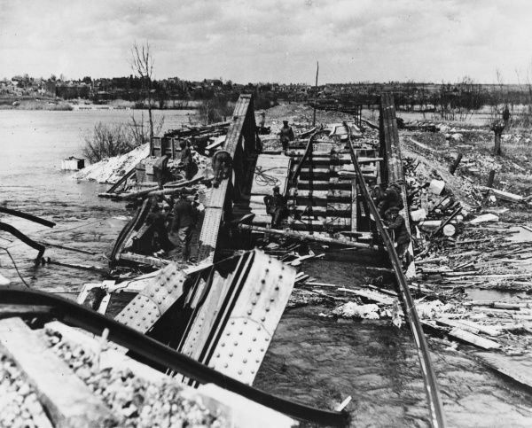 Ruins of the Peronne Bridge over the Somme looking towards Flamincourt on the Chaulners Peronne Line on the British Front in France during World War I on 3rd April 1917