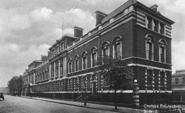The Chelsea College of Art and Design was originally an integral school of the South-Western Polytechnic, which opened at Manresa Road, Chelsea, in 1895 to provide scientific and technical education to Londoners. Date: circa 1922